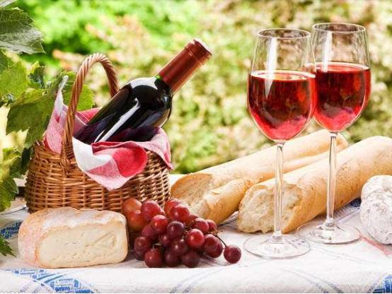 用葡萄酒来点